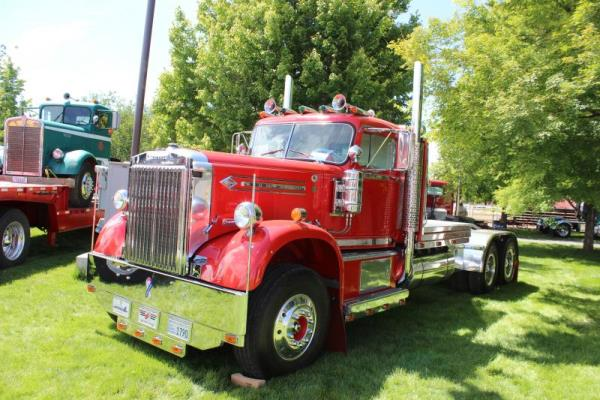 http://forums.justoldtrucks.com/uploads/images/0a97c4b2-5419-425c-8533-8198.jpg