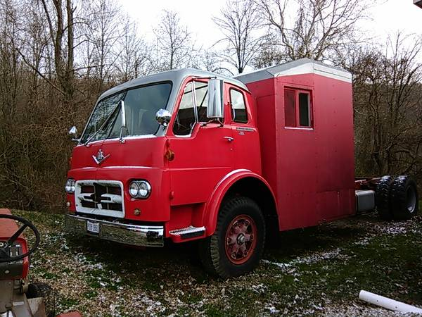 http://forums.justoldtrucks.com/uploads/images/0e38b24d-d2b3-47f0-a905-f66e.jpg