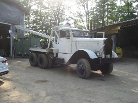 http://forums.justoldtrucks.com/uploads/images/17041e18-1a28-41cc-95c9-b144.jpg
