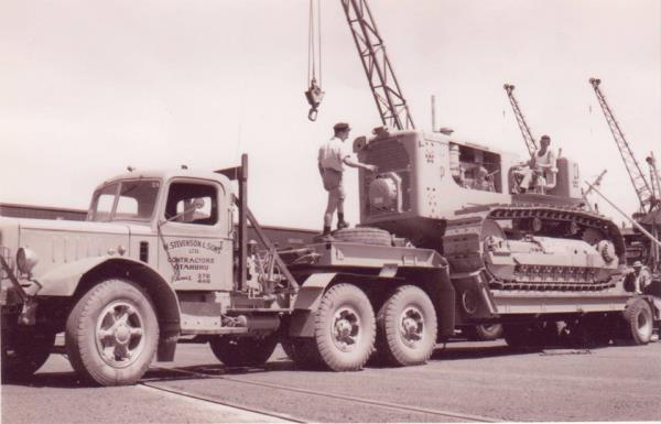 http://forums.justoldtrucks.com/uploads/images/1d79ee93-94cb-418f-9f78-7f7e.jpg