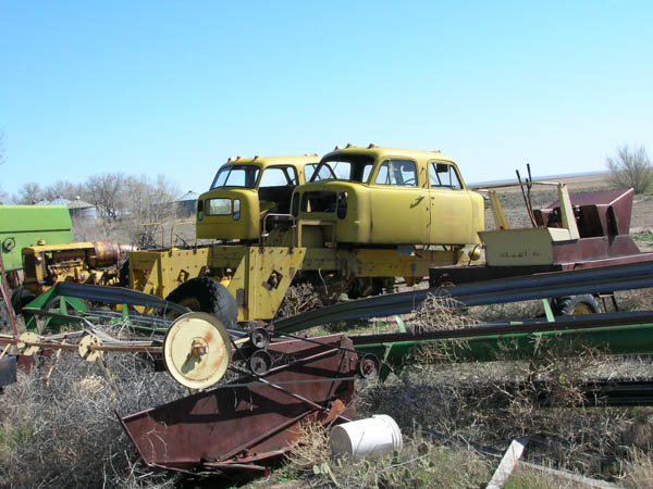 http://forums.justoldtrucks.com/uploads/images/1e5a07f8-af6b-4e66-b12a-20b5.jpg