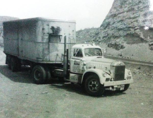 http://forums.justoldtrucks.com/uploads/images/2525897c-23e7-4392-8a74-8fe5.jpg