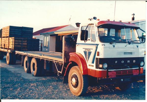 http://forums.justoldtrucks.com/uploads/images/30561830-ff19-47b3-9834-89d1.jpg