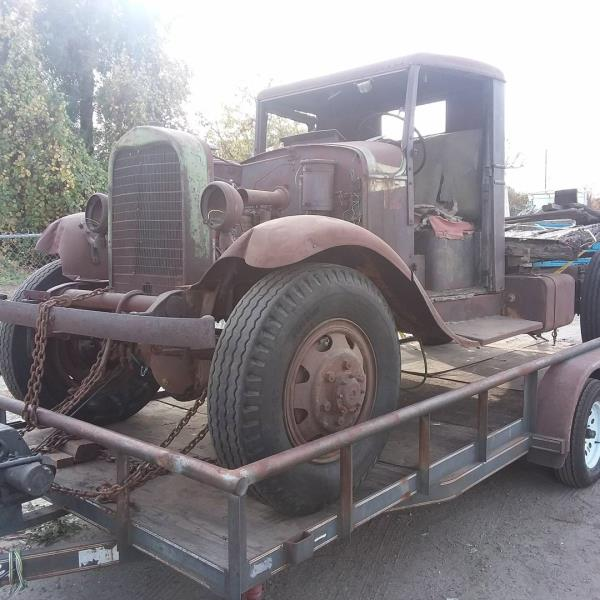 http://forums.justoldtrucks.com/uploads/images/3aca8028-5334-4a4e-9e94-18ba.jpg