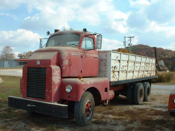 http://forums.justoldtrucks.com/uploads/images/3f339b36-6aa1-4984-ae54-9c0a.jpg