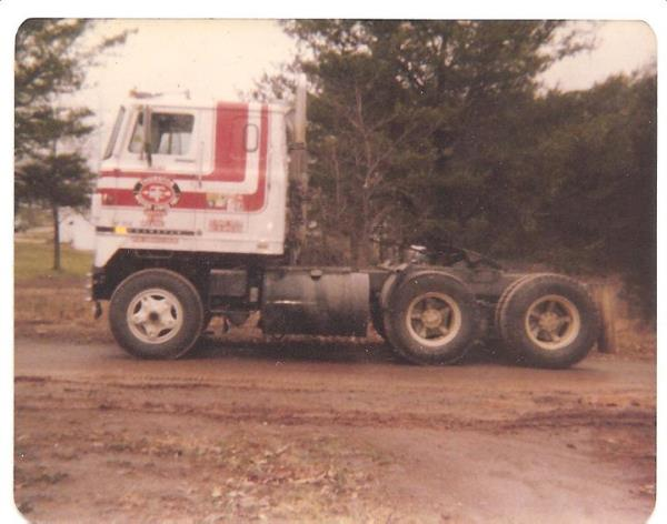 http://forums.justoldtrucks.com/uploads/images/411ac3c5-fbe1-456d-97ba-6081.jpg