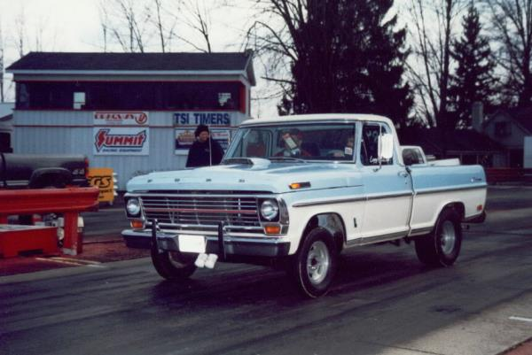 http://forums.justoldtrucks.com/uploads/images/43908ed7-9803-4318-a2b0-451f.jpg