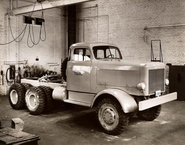http://forums.justoldtrucks.com/uploads/images/442a8667-c2c5-43e6-8786-6c5e.jpg