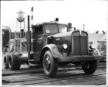 http://forums.justoldtrucks.com/uploads/images/47f7e41e-a52d-4645-904e-8b40.jpg