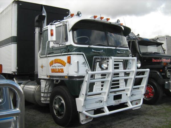 http://forums.justoldtrucks.com/uploads/images/49fa3598-65f9-4383-88f6-49e6.jpg