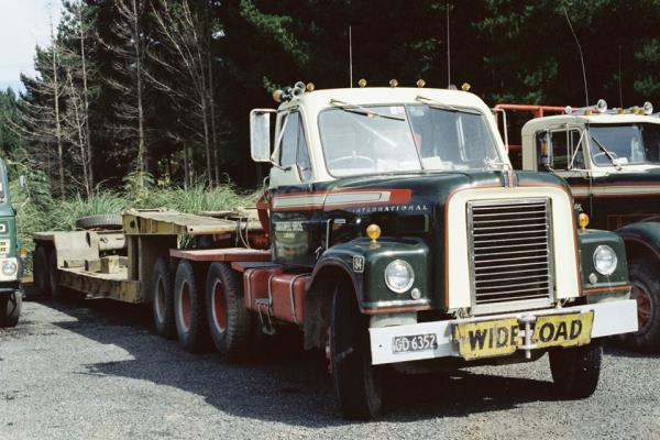 http://forums.justoldtrucks.com/uploads/images/57f2bf4c-8c38-4159-a16c-4058.jpg