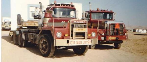 http://forums.justoldtrucks.com/uploads/images/5ab0d6b2-48ab-4d77-9436-9486.jpg