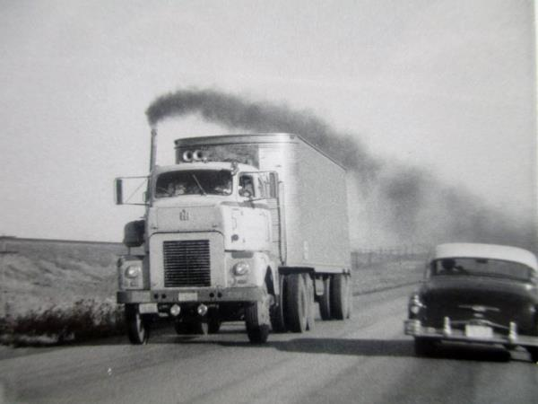 http://forums.justoldtrucks.com/uploads/images/5e523139-013d-474d-ab15-1220.jpg