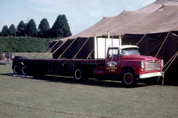 http://forums.justoldtrucks.com/uploads/images/6225095b-2879-4042-99e6-b871.jpg