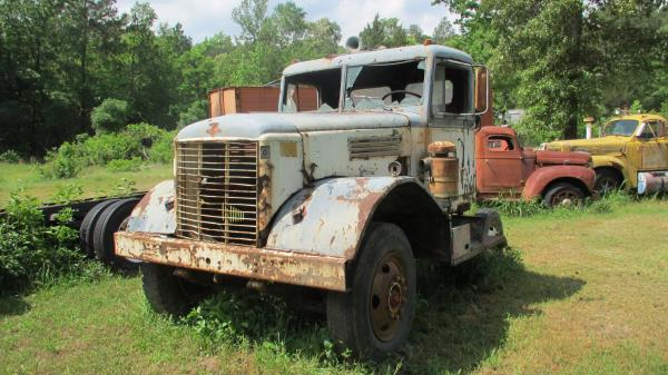 http://forums.justoldtrucks.com/uploads/images/684cc4bc-e6cf-4afa-9a0b-769f.jpg