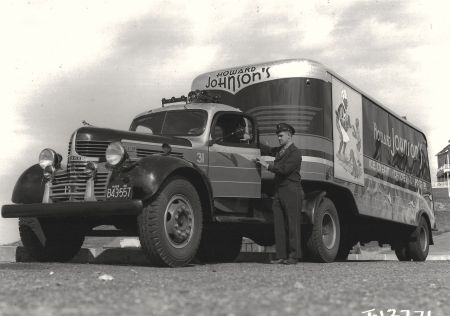 http://forums.justoldtrucks.com/uploads/images/74d1c974-7115-412d-b14b-7a2e.jpg