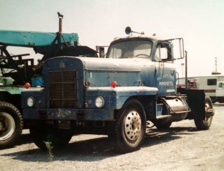 http://forums.justoldtrucks.com/uploads/images/793a0890-da27-40f9-b780-b207.jpg