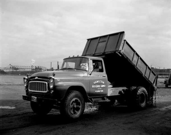 http://forums.justoldtrucks.com/uploads/images/79a89048-a1f8-41bf-ae5b-5421.jpg