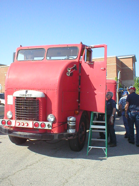 http://forums.justoldtrucks.com/uploads/images/7a093b16-7aea-4800-b22e-422c.jpg