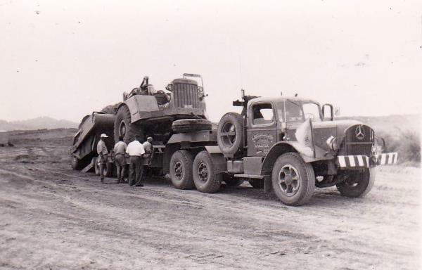 http://forums.justoldtrucks.com/uploads/images/800ca832-29e7-4141-add0-5ae0.jpg