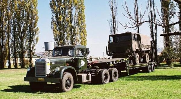 http://forums.justoldtrucks.com/uploads/images/843c9efa-a6c0-4566-8eb3-7f30.jpg