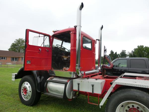 http://forums.justoldtrucks.com/uploads/images/852cb227-82f0-4293-8654-1356.jpg