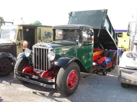 http://forums.justoldtrucks.com/uploads/images/8a58e336-d752-48d9-ab91-3e09.jpg