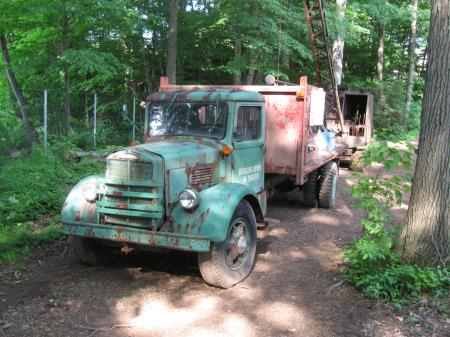 http://forums.justoldtrucks.com/uploads/images/8ae46102-ce34-4f2e-88f3-455a.jpg