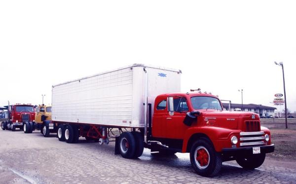 http://forums.justoldtrucks.com/uploads/images/8ced0539-ec12-4a11-90ec-eba8.jpg