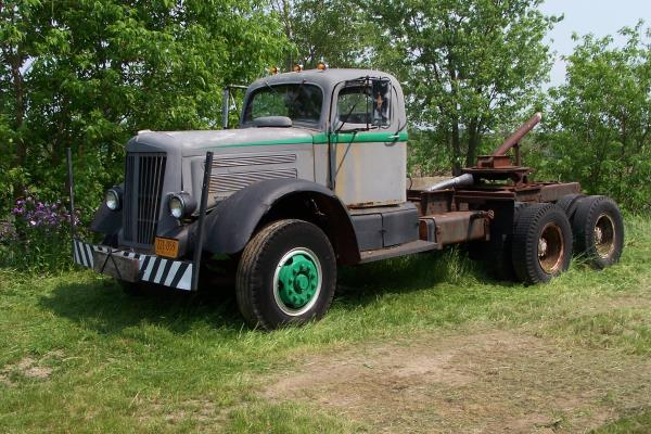 http://forums.justoldtrucks.com/uploads/images/8f21b034-c6e5-4a4a-944a-a8b6.jpg