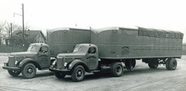 http://forums.justoldtrucks.com/uploads/images/9202f2d7-31d3-4246-9d84-797c.jpg