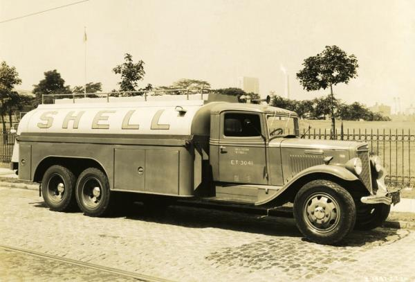 http://forums.justoldtrucks.com/uploads/images/928046bd-e0dc-4526-9f57-d436.jpg
