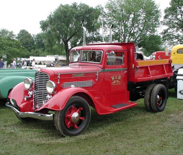 http://forums.justoldtrucks.com/uploads/images/a214955b-fb8c-490f-8429-d356.jpg