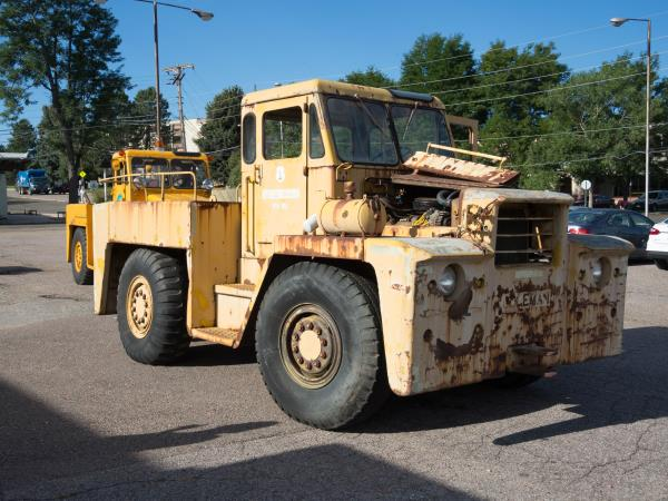 http://forums.justoldtrucks.com/uploads/images/a76eaf50-d022-4b5c-a1fc-b61a.jpg