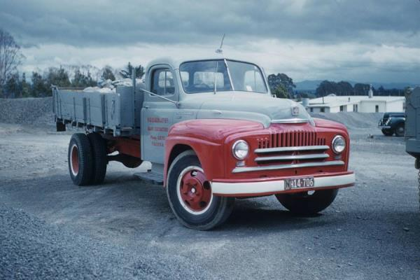 http://forums.justoldtrucks.com/uploads/images/a969a15e-c130-4d4e-9a5b-f44e.jpg