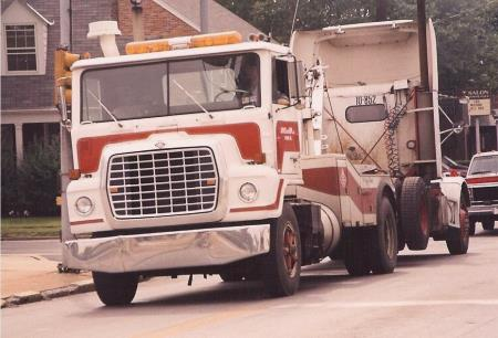 http://forums.justoldtrucks.com/uploads/images/ab782b7e-d0ad-4727-b1c2-6a27.jpg