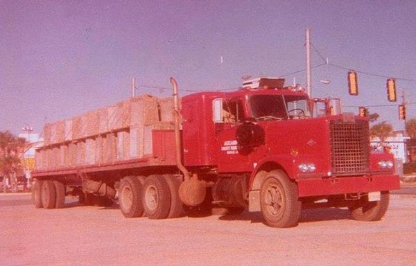 http://forums.justoldtrucks.com/uploads/images/b68641f3-3128-4101-9f20-611b.jpg
