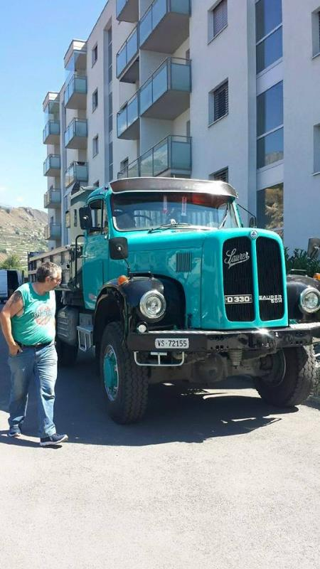 http://forums.justoldtrucks.com/uploads/images/b9e444c4-3121-4538-922f-e296.jpg