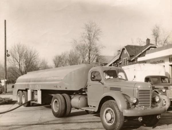 http://forums.justoldtrucks.com/uploads/images/ba8c6801-565e-4fda-a5a1-97b8.jpg