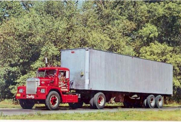 http://forums.justoldtrucks.com/uploads/images/bc90e211-729c-4b25-9f83-160e.jpg