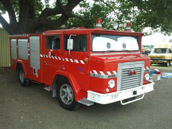 http://forums.justoldtrucks.com/uploads/images/c0035b22-1d9d-492e-bae4-f086.jpg