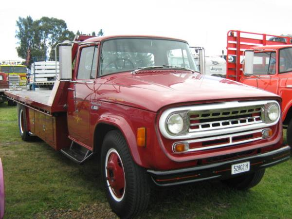 http://forums.justoldtrucks.com/uploads/images/c1e63a1f-f123-4435-b35b-385a.jpg