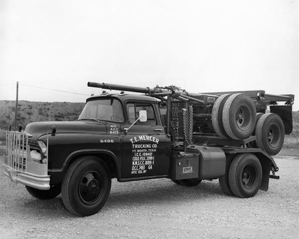 http://forums.justoldtrucks.com/uploads/images/c8227569-4174-490e-bd04-6b70.jpg