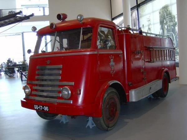 http://forums.justoldtrucks.com/uploads/images/ca104a85-3e00-4d5b-9555-9fb7.jpg