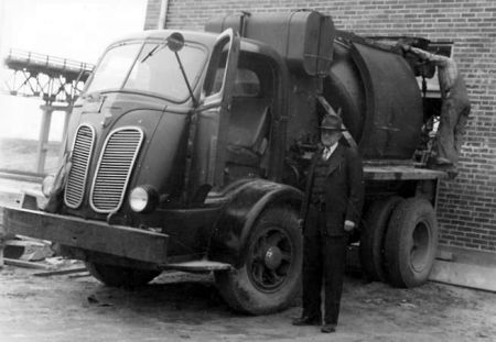 http://forums.justoldtrucks.com/uploads/images/d0671c3f-d624-46f3-8443-6821.jpg