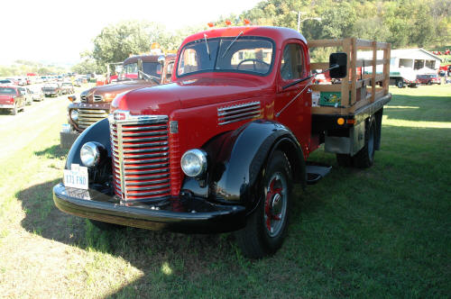 http://forums.justoldtrucks.com/uploads/images/d27fd745-637a-4028-aa07-7cf9.jpg