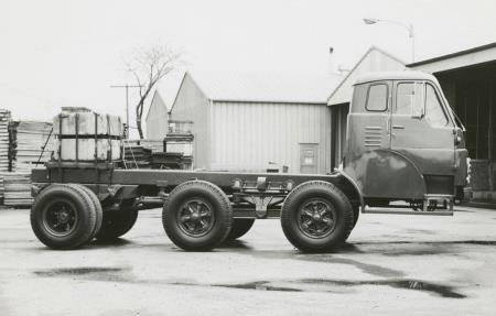 http://forums.justoldtrucks.com/uploads/images/d7822f37-abc3-4b50-81ed-a78b.jpg
