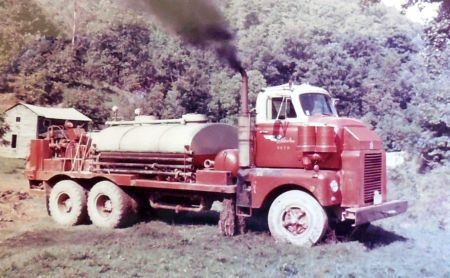http://forums.justoldtrucks.com/uploads/images/da55cdd7-688e-4f62-8d36-e004.jpg