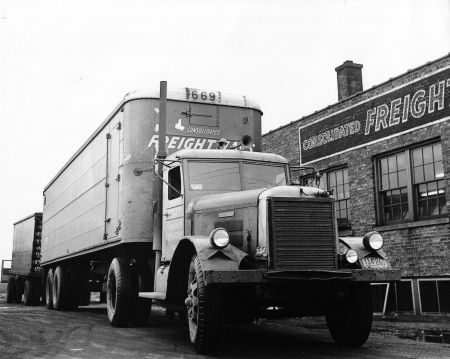 http://forums.justoldtrucks.com/uploads/images/dc844ade-1934-432c-bc5b-1aa2.jpg