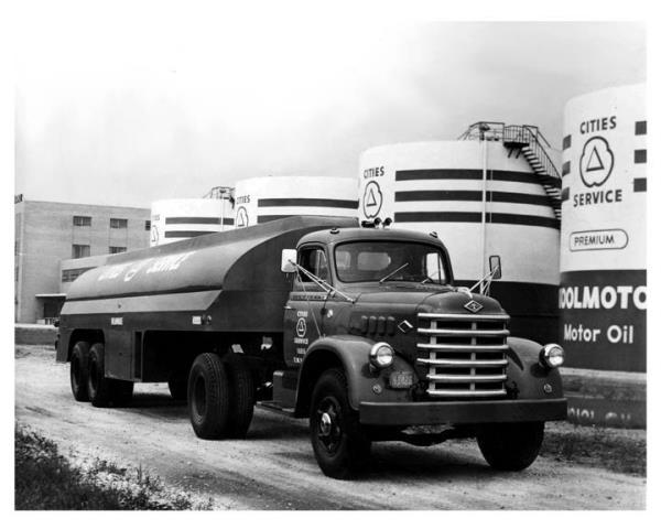 http://forums.justoldtrucks.com/uploads/images/e4e67f77-fb26-48a1-8318-79ff.jpg